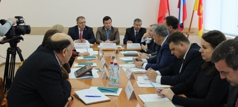 Александр Наумов: Укрупнение муниципальных образований существенно экономит их бюджеты и позволяет расходовать средства на действительно важные сферы